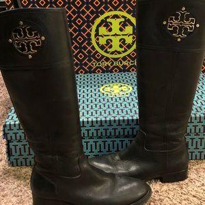 Tory Burch - Kiernan black riding boots